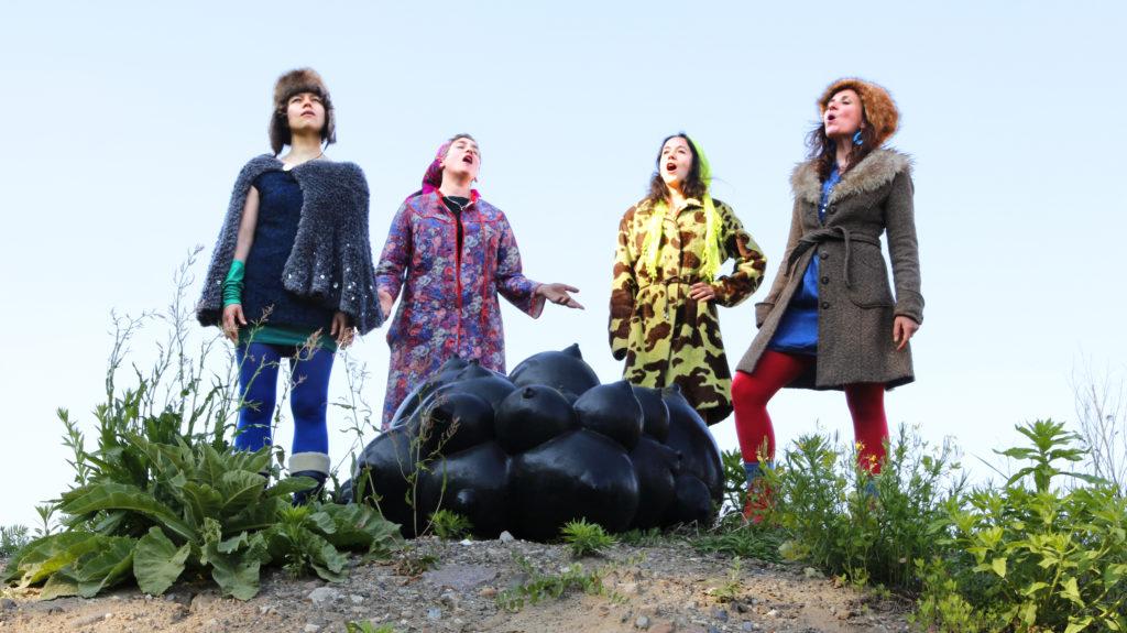 «Treta Mominka»: Marleen Andreev, Marie-Luise Herrmann, Sarah Hesse, Isabelle Krieg, @ Treta Mominka